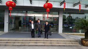 Claus-Werner Deutschmann (Prokurist u. Vertrieb Inka System GmbH), Tony Tan (ME Director of Valve-train SYS - SLPT), Feng Guo (Mitarbeiter im Einkauf – HTG GmbH)